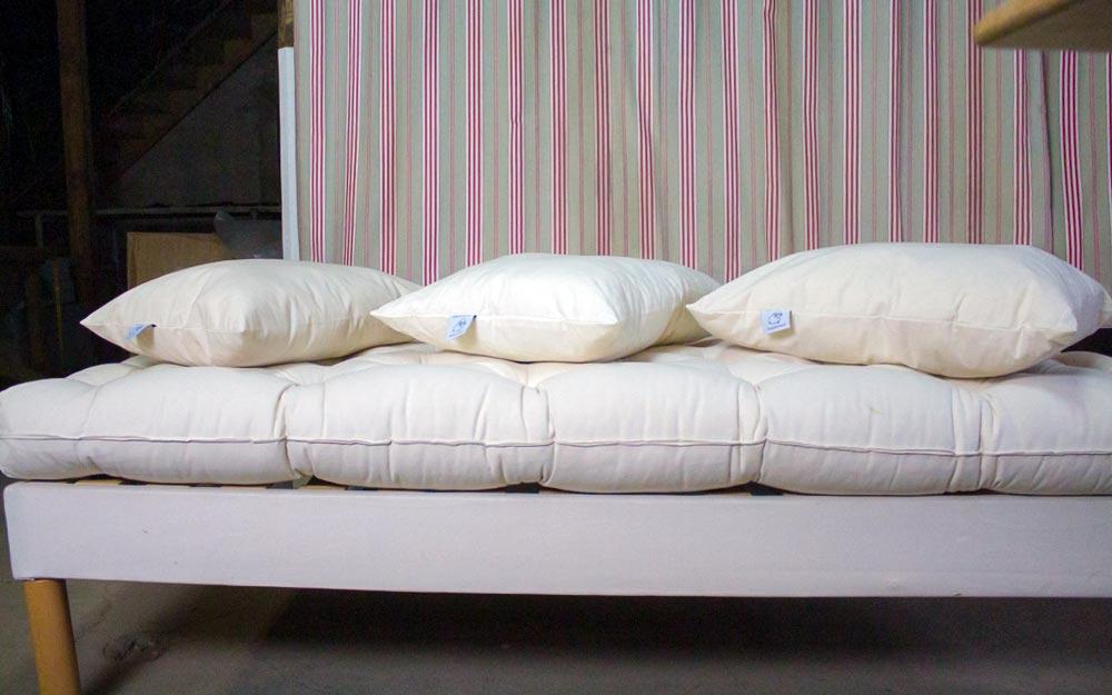 trois oreillers naturels